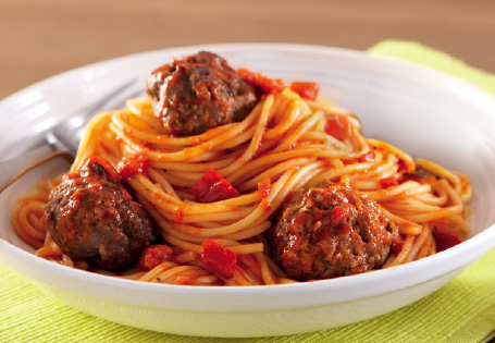 Pasta_with_Meatballs_16094
